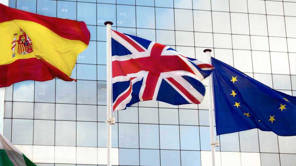 Nueva Tarjeta de Residencia ciudadanos del Reino Unido tras Brexit. Cómo obtenerla, plazos, requisitos y todos los detalles.